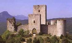 The construction of the present chateau dates from the 13th century. The first mention is in 1170; it belonged to the Congost family before the Albigensian Crusade. These lords practised Catharism and were accused as heretics. Then, in November 1210, the castle was subjected for three days to a siege by the army of Thomas Pons de Bruyère, lieutenant of Simon de Montfort. The castle subsequently became the property of the northern barons.