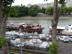 Le quai de Grenelle à Paris Paris