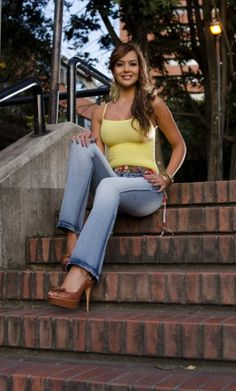 pfColombianJeans.com