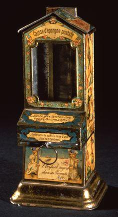 Tirelire distributeur de bonbons fin 19ème siècle  © L'Adresse Musée de La Poste / La Poste, DR