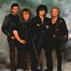 http://custard-pie.com アウトライダージミー·ペイジバンド、1988:ダーバンLaverdeが左から右へ、ジェイソン·ボーナム、ジミー·ペイジ、ジョン·マイルズ 素晴らしい