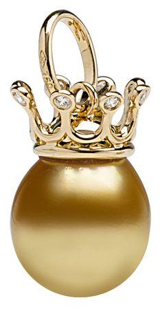 Jewelmer crown pearl pendant from Le Monde des Chapeaux