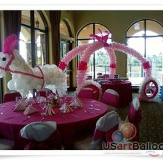 How cute!! Princess party