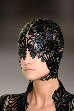 """Résultat de recherche d'images pour """"alexander mcqueen mask"""""""