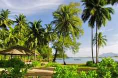 Golden Buddha Beach Resort  : Golden Buddha Beach is the only resort located on a spectacular uninhabited 10km beach and private bay on the island of Koh Phra Thong. It remains one of...
