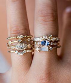 Six Diamond Bezel Textured ring