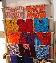 Description English: Huipil blouses for sale at the Museo de Arte Popular in Mexico City