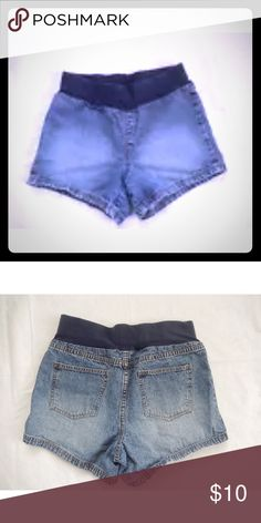 Infinity Maternity Denim Shorts Size Small Good used condition-no stains or holes or 'wear', slight fraying/wear on bottom hem (it came like this from store not from use)-a lot of life left in these! Short elastic waistband (3 inches)for those who dislike the full belly band like me, slip on, 4 inch inseam--perfect for summer!!!! infinity maternity Shorts Jean Shorts