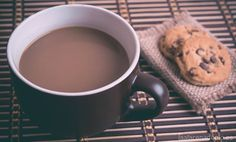 Receta para preparar Chocolate caliente a la Taza con Thermomix: ideal para desayunar, para acompañar con Churros o con el Roscón de Reyes.
