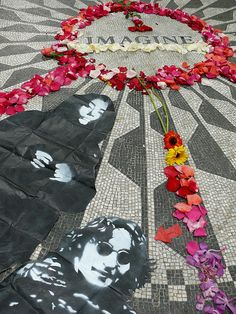 OH NOOOOOO!!!!!!!!   I can't believe she put her image on this too.  HEY !!! Yoko, YOU ARE NOT JOHN LENNON!!!!!!!!!!!!!