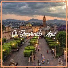 Haz de #Morelia el destino de tus siguientes vacaciones y prepara tus sentidos para una experiencia llena de color y calidez. ¡Ven y enamórate de #Michoacán! #SéBienvenidoAquí