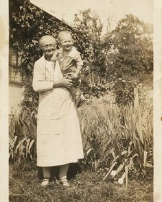 Minnie Mary Margaret Leisenberg (born 1858 in Davenport IA) with her grandson Wendell Hamilton circa 1929. This is my great-great grandmother. I love her name!