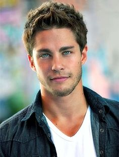 Dean Geyer.. Never heard of him... Lol. But he has gorgeoussss eyes.....