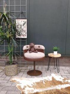 Pluche retro stoeltje krukje vintage fauteuiltje jr 60 70