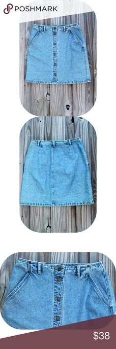 "Denim  Skirt ☓ :: NO TRADES :: ☓ ☓ :: I DON'T MODEL :: ☓            _________________________  ☞Item Details ↴  COMING SOON  Feel free to ask any questions below!             _________________________  Mannequin's Measurements:  Bust 34""  Waist 22""  Hip 34""  Height 29""  Cross Shoulder 14.5"" Vintage Skirts"