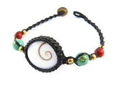 Perlmutt Armbänder - Shiva Auge Armband Makramee Thailand Türkis Perlen - ein Designerstück von Valadda bei DaWanda
