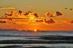 winter sunset on Forte dei Marmi#italy #lucca #forte dei marmi #versilia #beach #spiaggia #rivera #mare #sea  #vacanze #travel #viaggio #sunset #winter