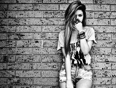 Love her shirt, love the Beatles :)