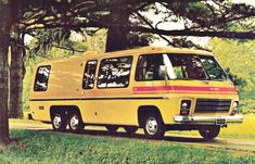 It's incredible that GMC produced this amazing motor home in the early 70s, and it looks better than most of the motorhomes on the road today!  Only 12,000 were produced, but 9,000 are still on the road today!