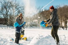 Family snow fun Check out all my photos from this past weekend snowstorm at http://ift.tt/1n82bQA  #newyork #newyorkcity #nyc #snow #winter #snownyc #nycsnow #nycsnowstorm #winterstormjonas #winterstorm #snowmeet #uptownmeet #meetup #photography #photographers #jonas #instagramuptown #washheights #washingtonheights #inwood #uptown