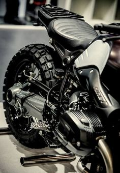 Take a look at several of my most favorite builds - unique scrambler motorcycles like Bmw Cafe Racer, Cafe Racers, R Cafe, Moto Cafe, Cafe Bike, Motos Bmw, Scrambler Motorcycle, Cool Motorcycles, Motorcycle Seats