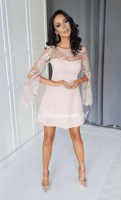Nowa, beżowa, trapezowa sukienka EMILY <3 #sukienka #beige #sukienkanawesele #sukienkanastódniówkę Glitter Prom Dresses, Floral Prom Dresses, Grad Dresses, Pink Dress, Dress Up, Bridesmaid Dresses, Formal Dresses, Wedding Dresses, Scarf Knots