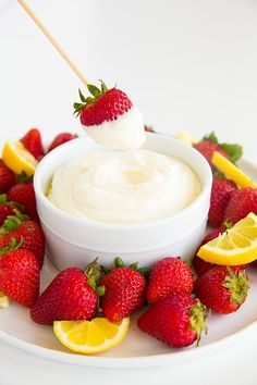 Lemon Cream Fruit Dip - Looks delicious! Cream cheese, marshmallow fluff, lemon zest/juice and lemon extract. So easy to make. Fruit Recipes, Dip Recipes, Dessert Recipes, Cooking Recipes, Dessert Dips, Cooking Tips, Just Desserts, Delicious Desserts, Yummy Food