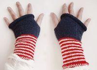 striped cuffs, solid mitten