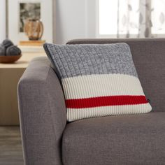 Exclusively from Simons Maison Trendy accent stripe and graphic ribbed knit similar to the renowned wool socks for an original decorative winter touch! Solid heather grey underside Washable with removable cover and a hidden zip on the edging 45 x 45 cm Knitted Cushions, Striped Cushions, Striped Curtains, Wool Socks, Knitting Socks, Crochet Pillow, Knit Crochet, Cushion Covers, Pillow Covers