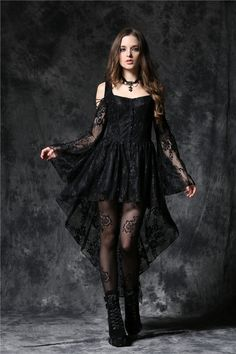 Top Gothic Fashion Tips To Keep You In Style. As trends change, and you age, be willing to alter your style so that you can always look your best. Consistently using good gothic fashion sense can help Goth Outfit, Goth Dress, Wedding Dress Black, Lace Dress Black, Dark Fashion, Gothic Fashion, Fashion Tips, Ghost Dresses, Prom Dresses