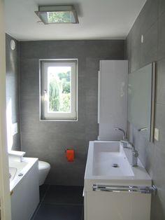 kleine badkamer - muren en vloeren
