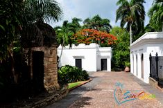 Visit Casa Blanca Museum, San Juan, Puerto Rico. Info includes photo tour of the house, gardens, address, map and nearby attractions. Casa Blanca Museum.