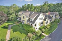 369 Whippoorwill Rd, Chappaqua, NY.  Offered by Stacy Levey http://www.raveis.com/mls/3218491/369__whippoorwill_rd_chappaqua_ny/