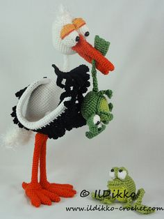 Amigurumi Crochet Pattern - Stuart the Stork & Snoggy Froggy