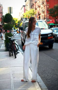Loose pants#total white look#minimal