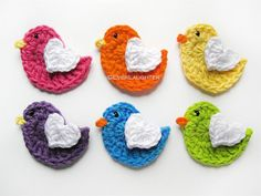 These GORGEOUS little birdies make me really want to learn to crochet! This is something I MUST find time to do this year!