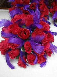 red & purple centerpieces; could we use lace or white flowers instead of the purple.