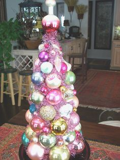 Christmas Centerpiece made from glass ornaments. Tammy Weeden