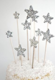Create a constellation atop your cake with these silvered star skewers. Made with wood, bamboo, and a generous amount of glitter, they come in a medley of sizes.
