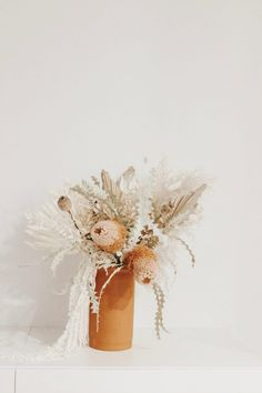 Dried Flower arrangements Real Flowers, Amazing Flowers, Pretty Flowers, Dried Flowers, Summer Flower Arrangements, Floral Arrangements, Grass Flower, Christmas Candles, Garden Trees