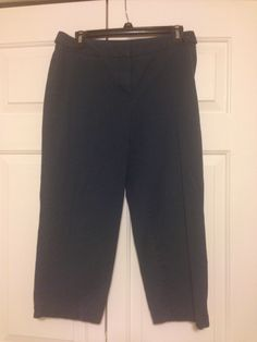 Ann Taylor signature fit navy capris. Size 6p. Well worn but in great condition. $15 shipped