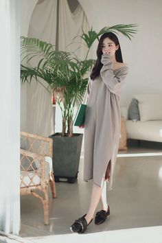 daily 2018 feminine & classy look Casual Outfits, Cute Outfits, How To Look Classy, Summer Dresses For Women, Cloths, Korean Fashion, Fashion Online, Outfit Ideas, Feminine