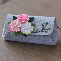 Sewing Art Felt Diy Craft Cherry Hand Bag Size Handmade Free Cutting Felt Material DIY Package - Gardening - Home Decor - Wedding - Women's Fashion - Diy and Crafts Handmade Tags, Etsy Handmade, Felt Diy, Felt Crafts, Sewing Art, Sewing Crafts, Bags Sewing, Sewing Projects, Kids Purse