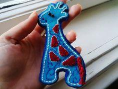 Inkoustová žirafa - brož