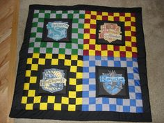 The Harry Potter Quilt by ~fakexAxsmile on deviantART  #Auntie Teresa Ford