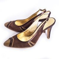 Zapatos tipo salón color marron y dorado, con detalle de strass, de Loewe. T. 38, #lowlux en lujocheap.com