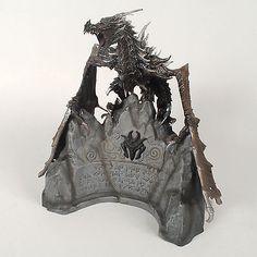 The Elder Scrolls V: Skyrim Collectors Edition Alduin Statue