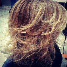 Contouring hair