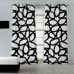 Visillo Henley en color blanco y negro. La combinación blanco y negro es una apuesta segura, combina con otros colores sin recargar la decoración. Curtains, Shower, Space, Prints, Himalaya, Valencia, Home Decor, Modern Bedroom Decor, Painted Canvas