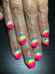 Tye-Dye Gel nails by Kenzy